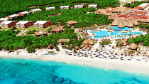 Grand Palladium Colonial White Sand Resort & Spa