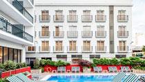 Aqua Hotel Bertran - garanterat barnfritt.