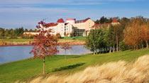 Algonquin´s Explorers Hotel inkl entrébiljetter - familjehotell med bra barnrabatter.