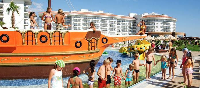 Utbud, Sea World Resort & Spa