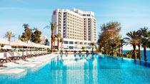 Koppla av på ett spahotell - Akra Hotel.