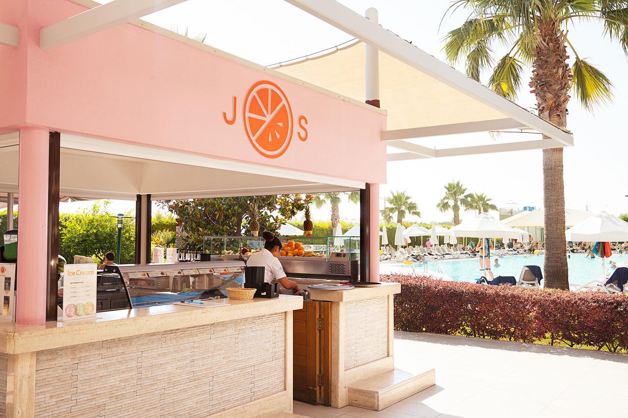 J.O.S bar