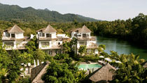 Koppla av på ett spahotell - Aana Resort and Spa.