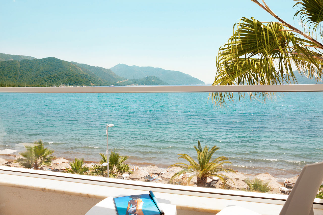 Sunprime Beachfront - Utsikten från Prime Room med havsutsikt