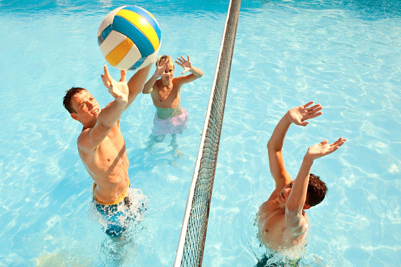Var med på arrangerade aktiviteter även i poolen!