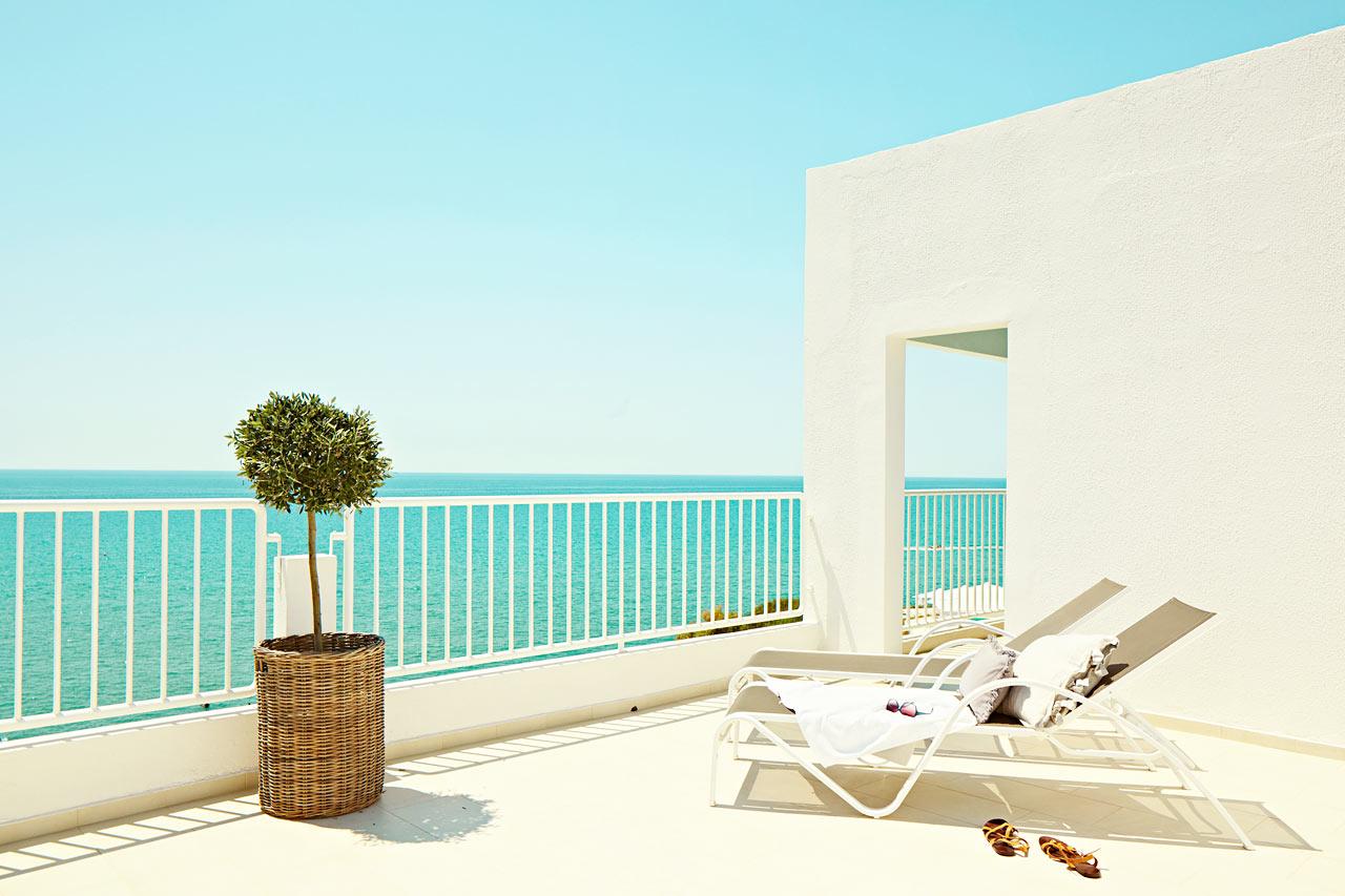 Generous suite med havsutsikt. Våra Generous suites är trerumssviter med plats för upp till sex personer.