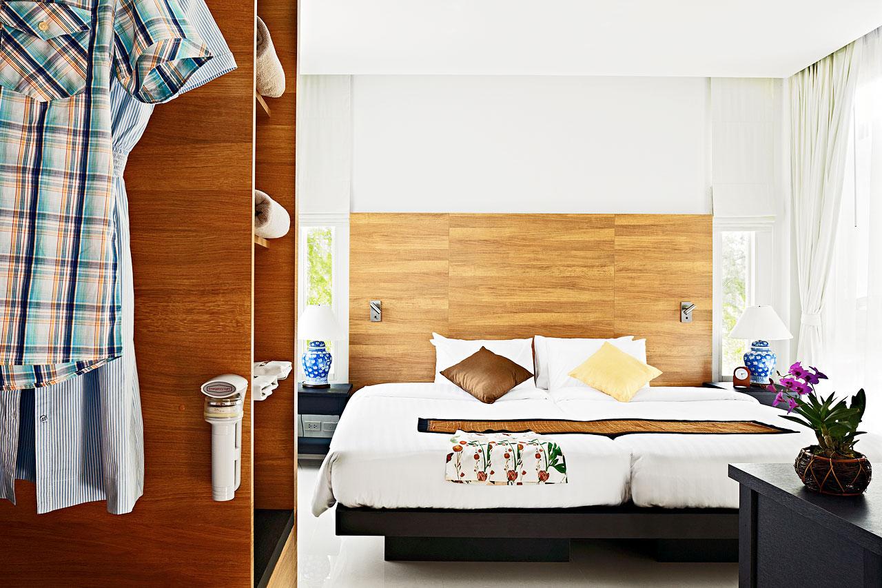 Se bilder från vårt hotell kantary beach villas & suites i khao lak