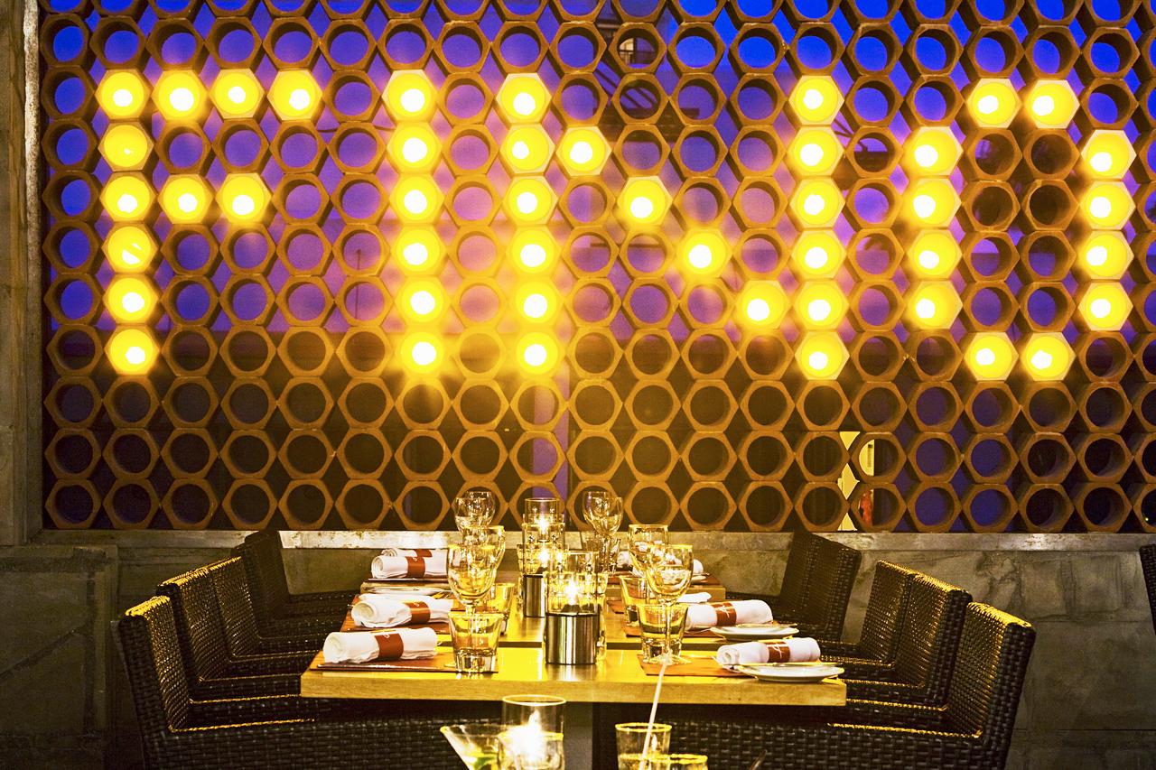 Fino Restaurant & Grill har internationell meny och vällagad mat.
