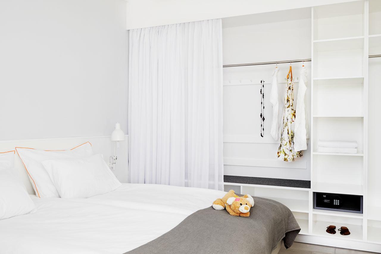 Sunwing Sandy Bay Beach - Royal Family Suite