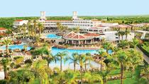 Barnvänliga hotell Olympic Lagoon Resort.