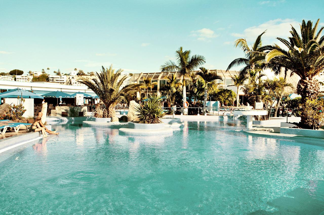 Se bilder fr n v rt hotell sunconnect servatur puerto azul - Servatur puerto azul hotel ...