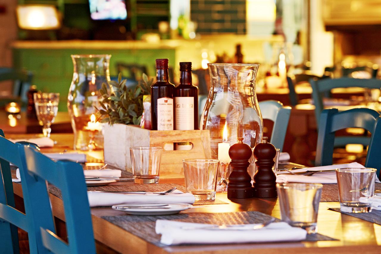 Restaurangen Miguel's Kitchen & Grill serverar både spanska och internationella rätter.