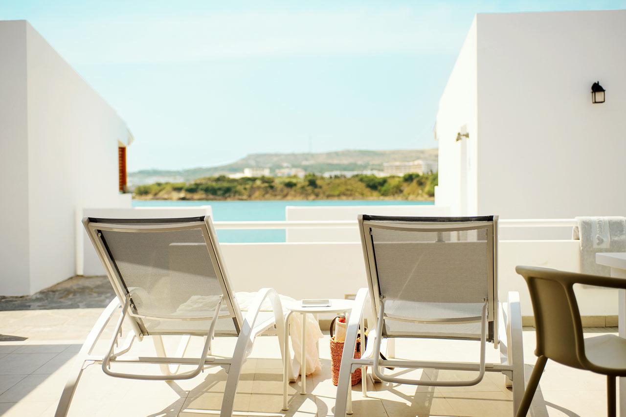 Sunwing Kallithea Beach - Trerumslägenhet Royal Family Suite med stor terrass, i Poseidon.