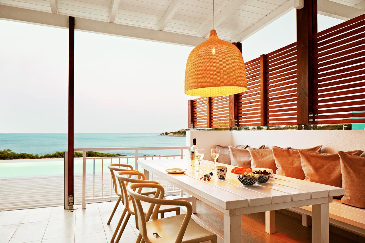 Sunwing Kallithea Beach - Trerumslägenhet Royal Pool Suite med stor terrass med havsutsikt och access till privat, delad pool, Triton.