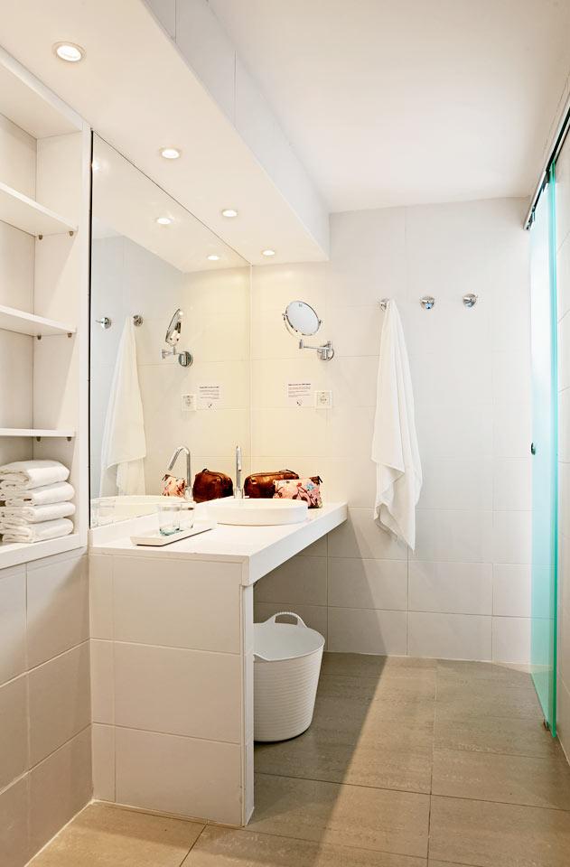Sunwing Kallithea Beach - Trerumslägenhet Royal Family Suite med stor terrass, havsutsikt och access til privat, delad pool, Triton.