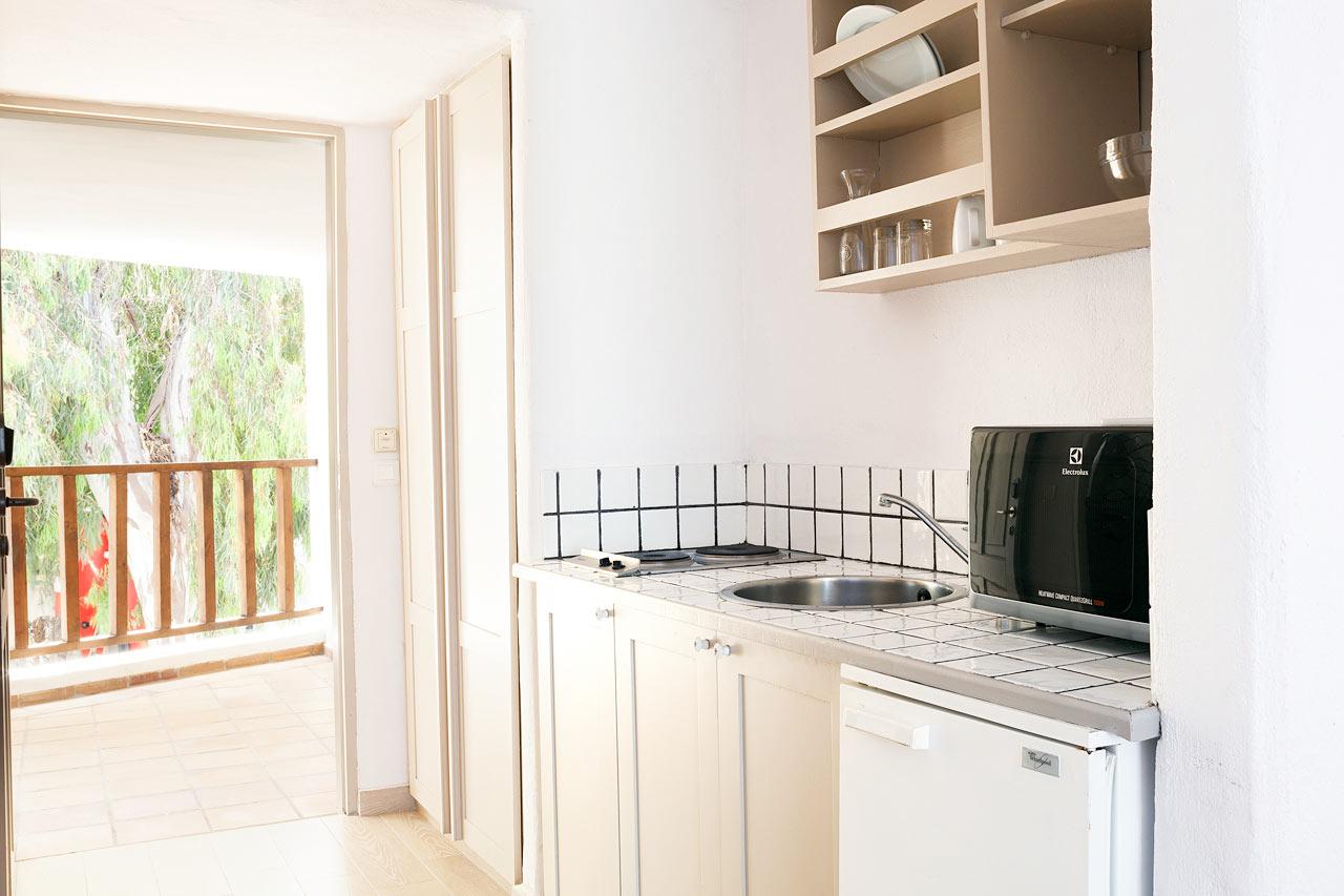 Sunprime Miramare Beach - Junior Suite, utformningen av sviternas kitchenette varierar