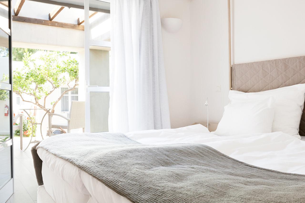 Sunprime Miramare Beach - Junior Suite, terrass mot trädgården
